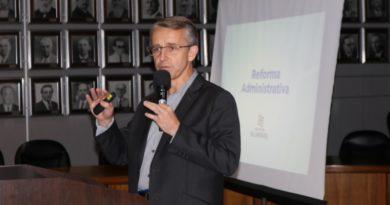 Hildebrandt estima economizar mais de R$ 14 milhões até fim de 2020 com a reforma administrativa