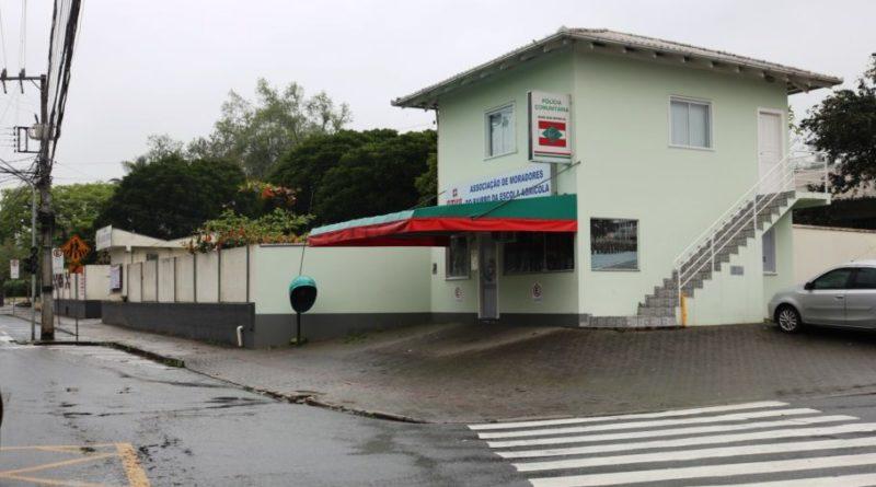 Associação de Moradores promovem pastelada para manutenção de base da PM no bairro Escola Agrícola em Blumenau
