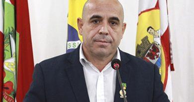 Bombeiros e policiais militares que lutam pela reposição salarial são lembrados na Câmara de Blumenau