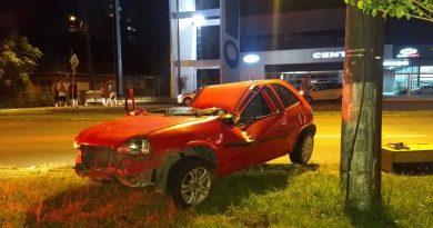 Grave acidente de trânsito é registrado na noite deste domingo (05) em Blumenau
