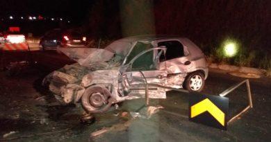 Acidente entre três veículos na BR-470, em Blumenau, deixa duas pessoas hospitalizadas