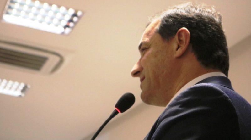 Carta de repúdio é assinada por mais de 40 secretários e integrantes do colegiado catarinense